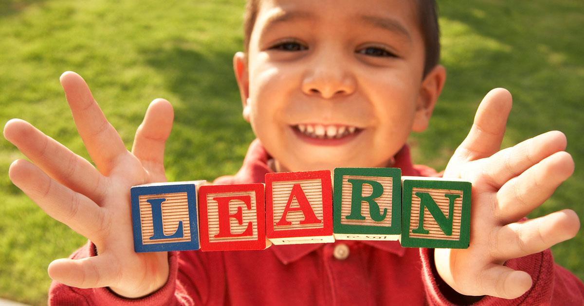 Como aprender um novo idioma estimula o cérebro:
