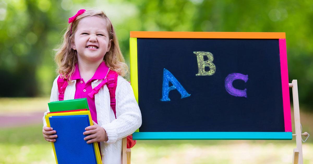 Falar dois idiomas desde pequeno favorece a aprendizagem?